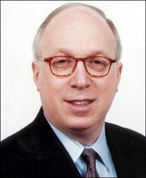 Douglas Schoen