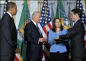Timothy Geithner Is Sworn in as 75th U.S. Treasury Secretary As His Wife, Carole, Looks On